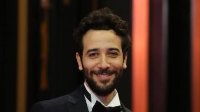 """كريم قاسم : فيلم """"ولاد رزق 2"""" منافس قوي في السينما"""