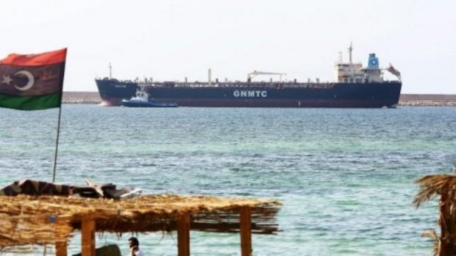 سرايا الدفاع عن بنغازي تسيطر على مواقع هامة بمنطقة الهلال النفطي كانت خاضعة لقوات حفتر