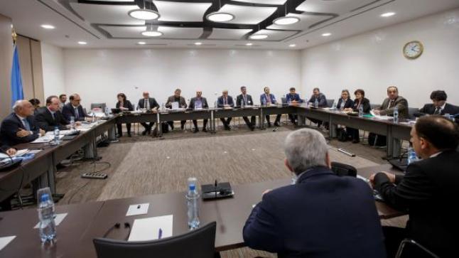 المعارضة السورية في جنيف تؤكد على عدم قبولها بوجود الأسد وأركانه في أي مرحلة مقبلة في سوريا