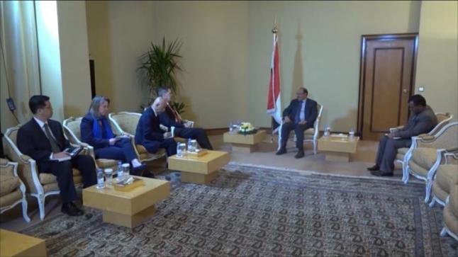 اتهامات يمنية لإيران بتهريب أسلحة لميليشيات الحوثي لقتل اليمنيين وزعزعة استقرار دول الجوار