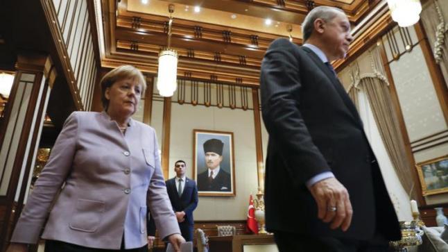 تهديدات ألمانيا بحظر دخول الساسة الأتراك إلى الأراضي الألمانية تخرج إلى العلن