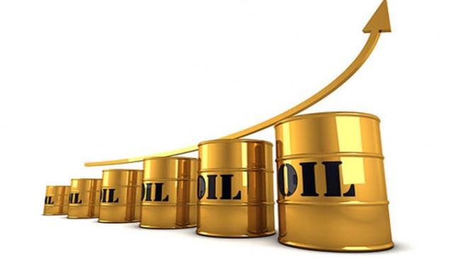 النفط الخام يسجل أعلى سعر منذ خمس أشهر