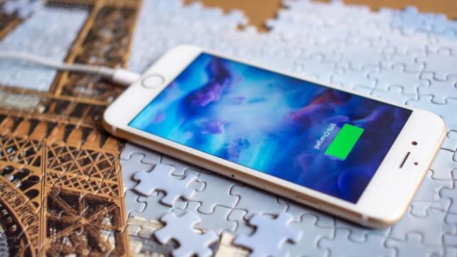 تقرير أخبارية تتحدث عن قدوم هواتف iPhone العام القادم بخاصية الشحن اللاسلكي