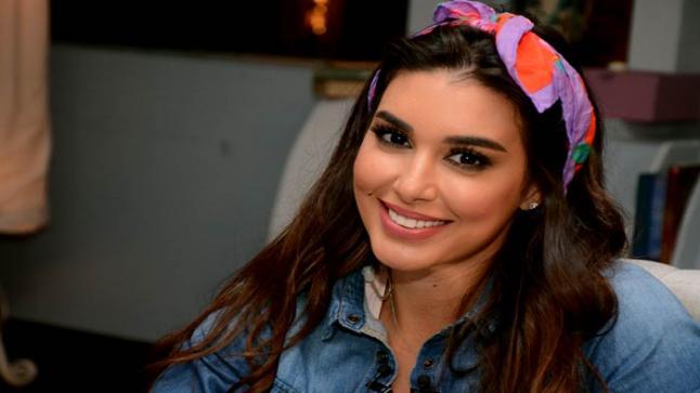 """14 يوم وتنتهي ياسمين صبري من تصوير """"حكايتي"""""""