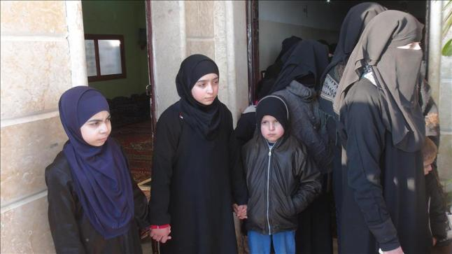 عملية تبادل أسري بين النظام السوري والمعارضة تكشف قتامة الأوضاع الإنسانية في سوريا