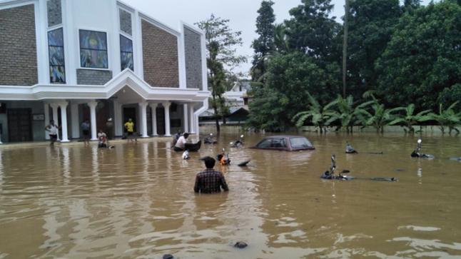 الهند ترفض المساعدات الأجنبية بعد فيضانات كيرالا