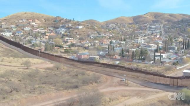 الجدار الحدودي بين أمريكا والمكسيك يشبه جدار الفصل العنصري الإسرائيلي